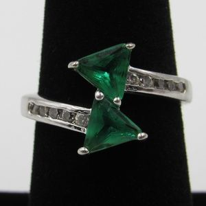 Vintage Size 7 Sterling Green & Clear CZ Ring